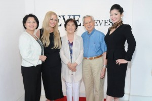 Anolan Dragitsch with guests. Photo Credit: William Kidston Photography courtesy of LUXE WORLD for Demi Goddess Chronicle