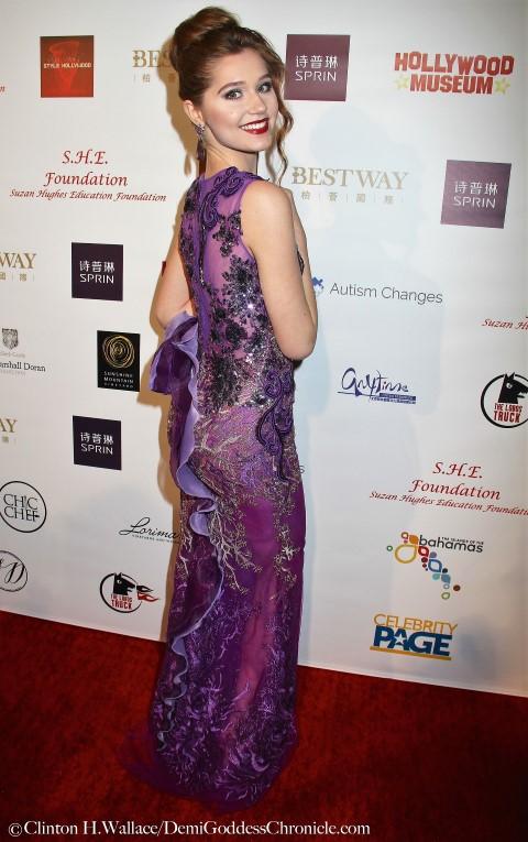 Actress Serena Laurel. Photo credit: ClintonH.Wallace/DemiGoddessChronicle.com