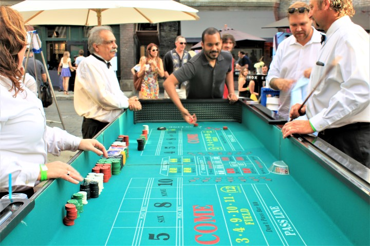 Guests used their Casino Play Money to win big at The Block Party. Photo credit: DemiGoddessChronicle.com