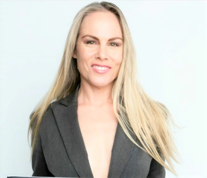 Christy Oldham is editor-in-chief of digital magazine DemiGoddess Chronicle.